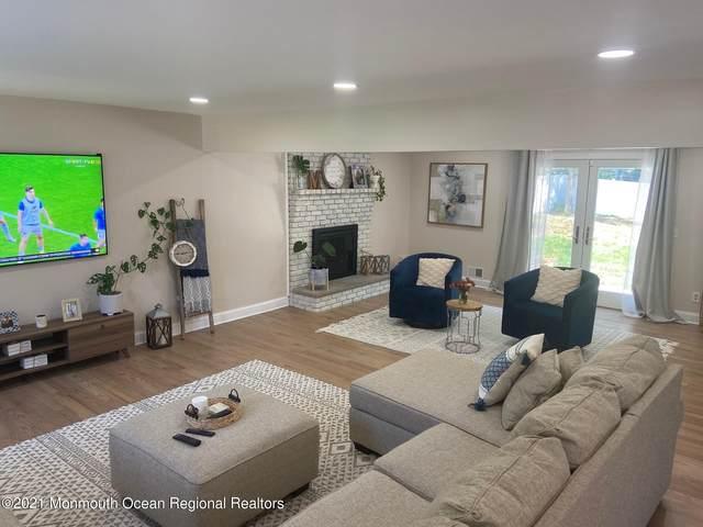 6 Willow Ridge Court, Matawan, NJ 07747 (MLS #22131486) :: Laurie Savino Realtor