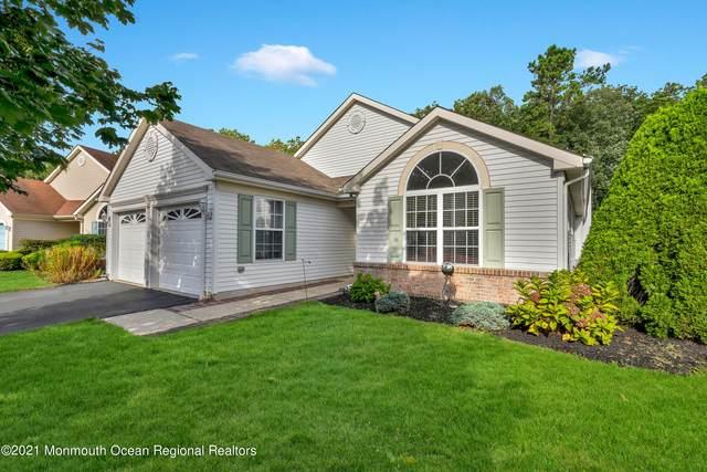 62 Rosewood Drive, Lakewood, NJ 08701 (MLS #22131685) :: William Hagan Group