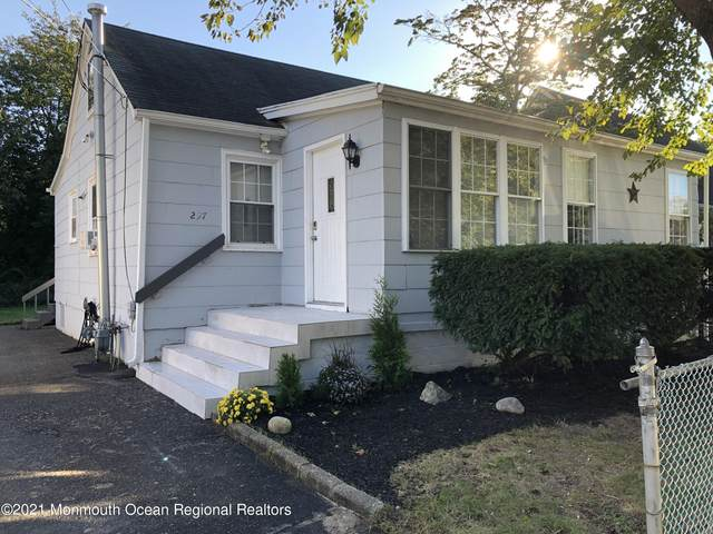 297 Morrell Drive, Toms River, NJ 08753 (MLS #22131742) :: The MEEHAN Group of RE/MAX New Beginnings Realty