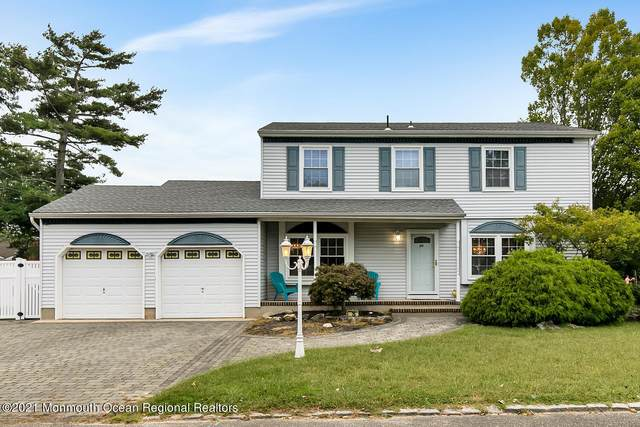 26 Sage Road, Toms River, NJ 08753 (MLS #22131759) :: The MEEHAN Group of RE/MAX New Beginnings Realty