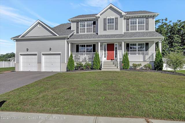 18 Bridle Path, Bayville, NJ 08721 (MLS #22131815) :: The MEEHAN Group of RE/MAX New Beginnings Realty