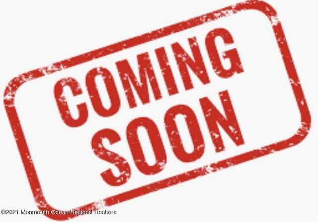 9 Black Point Horseshoe, Rumson, NJ 07760 (MLS #22131852) :: The MEEHAN Group of RE/MAX New Beginnings Realty