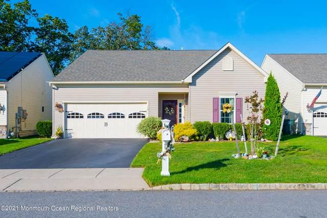 18 La Quinta Lane, Lakewood, NJ 08701 (#22132026) :: Rowack Real Estate Team