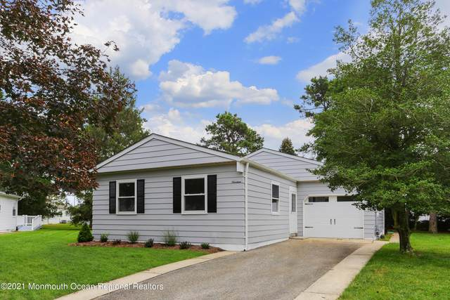 19 Shannon Court, Toms River, NJ 08757 (#22132370) :: Daunno Realty Services, LLC