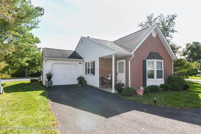 71 Jaffreyton Close #1000, Freehold, NJ 07728 (#22132560) :: Rowack Real Estate Team