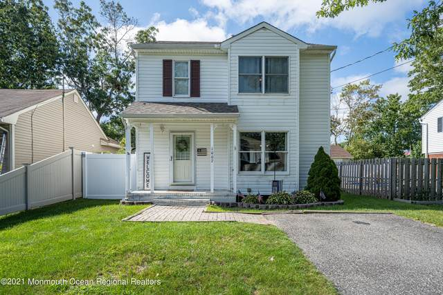 1007 Clifton Street, Forked River, NJ 08731 (MLS #22132885) :: The Streetlight Team at Formula Realty