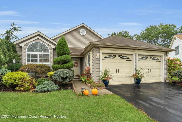 8 Pine Valley Court, Lakewood, NJ 08701 (#22132895) :: Rowack Real Estate Team