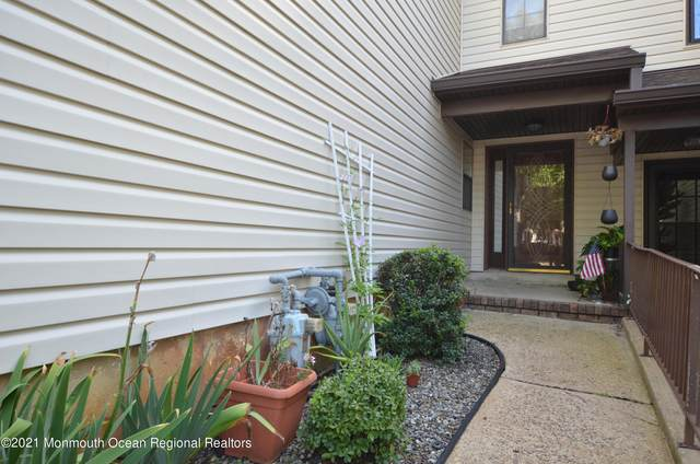 434 Oak Knoll Drive 43-4, Manalapan, NJ 07726 (MLS #22132934) :: Corcoran Baer & McIntosh