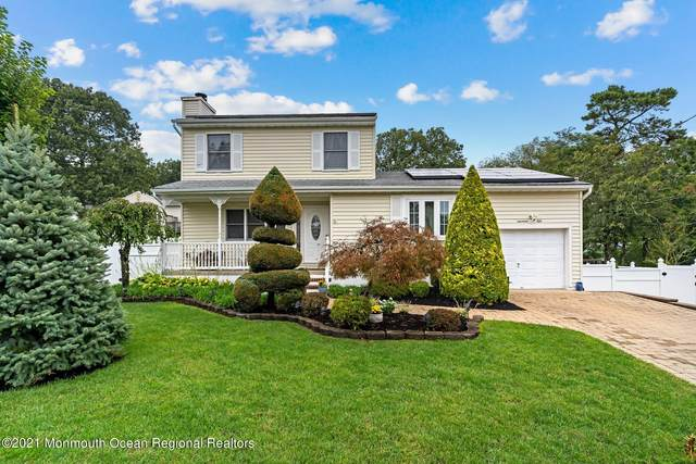 1950 Ravenwood Drive, Toms River, NJ 08753 (MLS #22133097) :: William Hagan Group