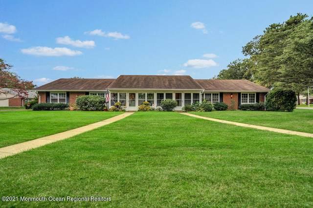 845B Thornhill Court, Lakewood, NJ 08701 (#22133110) :: Rowack Real Estate Team