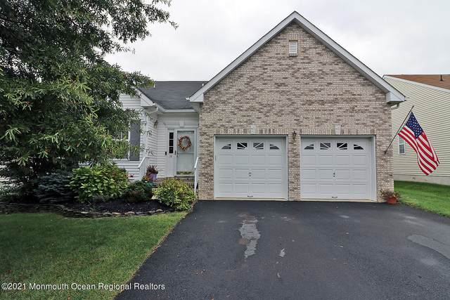 10 Silver Maple Lane, Howell, NJ 07731 (MLS #22133315) :: Corcoran Baer & McIntosh