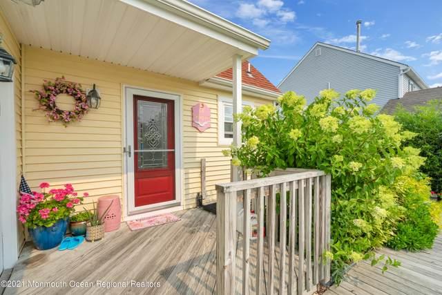 66 Ocean Gate Avenue, Bayville, NJ 08721 (MLS #22133688) :: Corcoran Baer & McIntosh