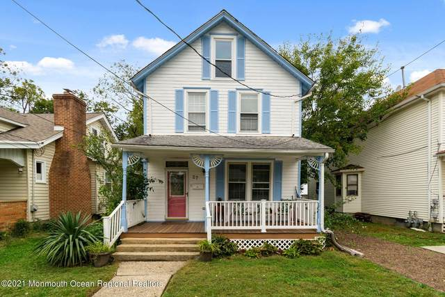27 E George Street, Freehold, NJ 07728 (MLS #22133708) :: The MEEHAN Group of RE/MAX New Beginnings Realty