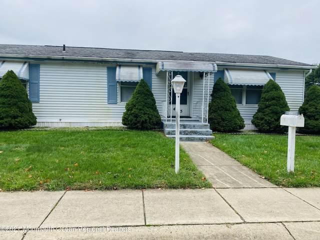 475 Charles Place, Freehold, NJ 07728 (MLS #22133740) :: Kiliszek Real Estate Experts