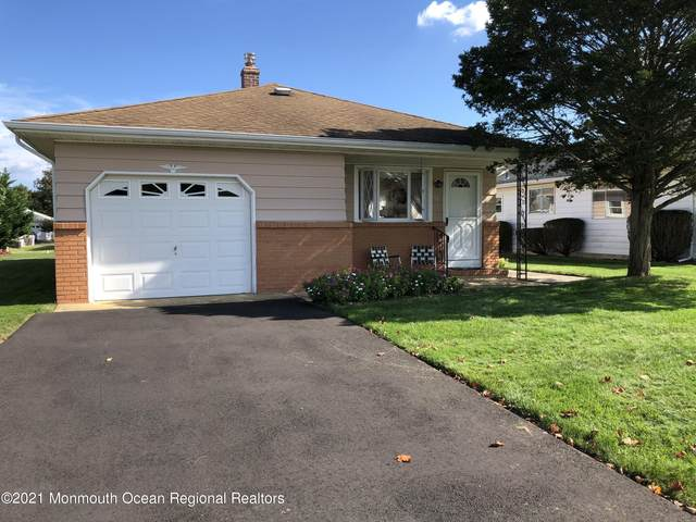 56 Scarborough Place, Toms River, NJ 08757 (MLS #22133786) :: The Sikora Group