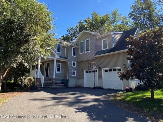 341 Oak Glen Road, Howell, NJ 07731 (MLS #22133893) :: William Hagan Group