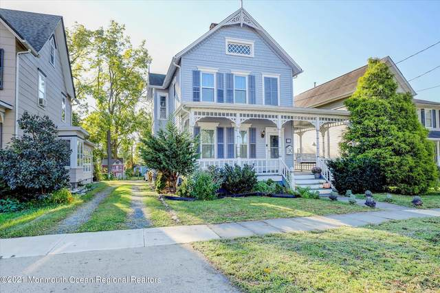62 Broad Street, Freehold, NJ 07728 (MLS #22133903) :: The MEEHAN Group of RE/MAX New Beginnings Realty