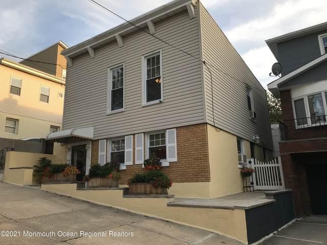 173 Bleecker Street, Jersey City, NJ 07307 (MLS #22133955) :: The Sikora Group