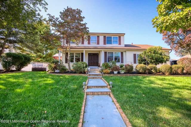 7 Prospect Street, Holmdel, NJ 07733 (MLS #22134077) :: The Dekanski Home Selling Team