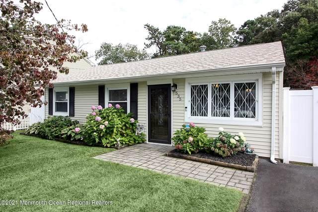 535 Holly Village Lane, Toms River, NJ 08753 (#22134091) :: Rowack Real Estate Team