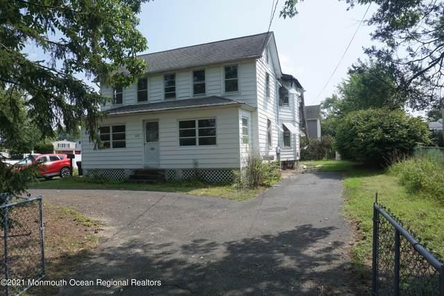 292 Middle Road, Hazlet, NJ 07730 (MLS #22134106) :: The Dekanski Home Selling Team