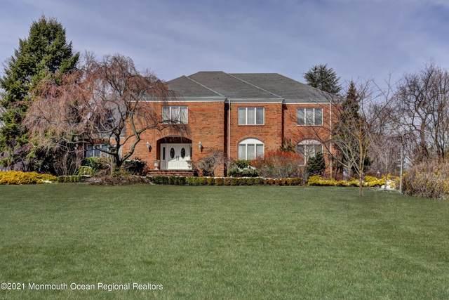 7 Tara Court, Holmdel, NJ 07733 (MLS #22134149) :: The Dekanski Home Selling Team
