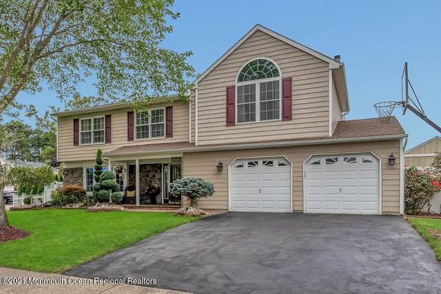 24 Garden Way, Howell, NJ 07731 (MLS #22134172) :: William Hagan Group