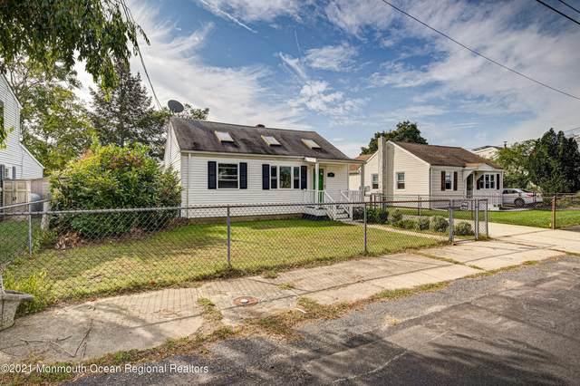 14 Carmen Street, Hazlet, NJ 07734 (MLS #22134234) :: The Dekanski Home Selling Team