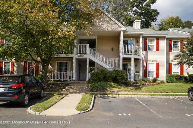 15 Sun Beau Court, Tinton Falls, NJ 07724 (MLS #22134290) :: William Hagan Group