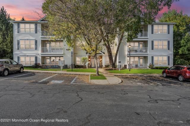 577 Saint Andrews Place, Manalapan, NJ 07726 (MLS #22134342) :: PORTERPLUS REALTY