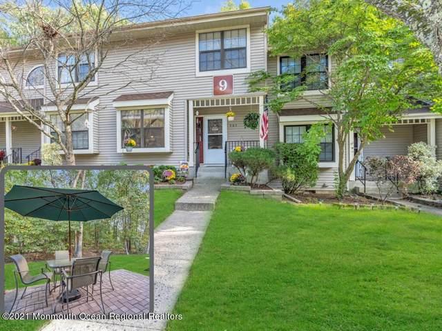 905 Arlington Drive, Toms River, NJ 08755 (MLS #22134483) :: The Dekanski Home Selling Team