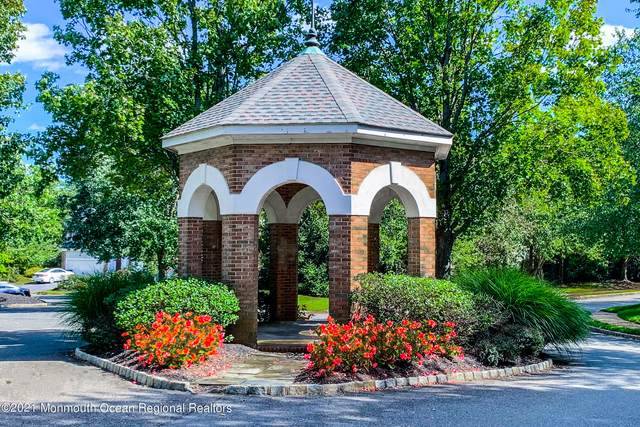 4 Lafayette Ky, Colts Neck, NJ 07722 (MLS #22134583) :: Team Gio | RE/MAX