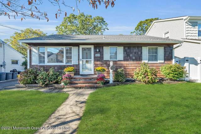 609 Boulton Avenue, Point Pleasant, NJ 08742 (MLS #22134615) :: The MEEHAN Group of RE/MAX New Beginnings Realty