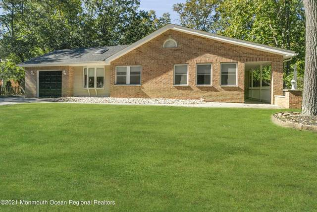 4 Cambridge Drive, Jackson, NJ 08527 (#22134618) :: Rowack Real Estate Team