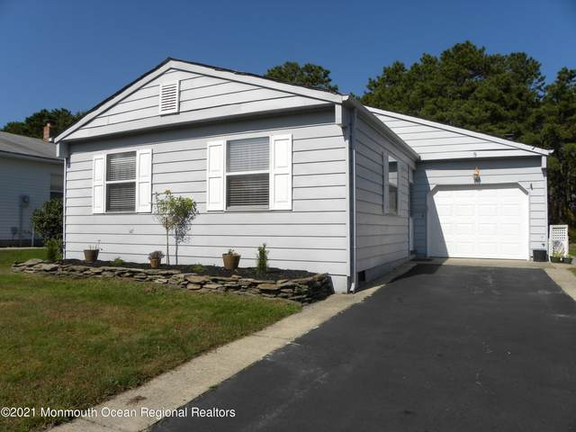 8 Portsmouth Drive, Toms River, NJ 08757 (MLS #22134701) :: Halo Realty