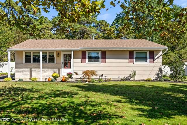 1130 Dell Street, Toms River, NJ 08755 (MLS #22134715) :: The Dekanski Home Selling Team