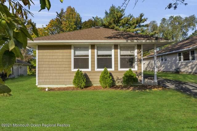 31 Mount Rainier Drive, Toms River, NJ 08753 (MLS #22134762) :: PORTERPLUS REALTY