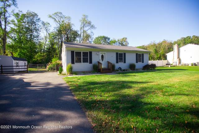 1299 Maxim Southard Road, Howell, NJ 07731 (MLS #22134910) :: The MEEHAN Group of RE/MAX New Beginnings Realty
