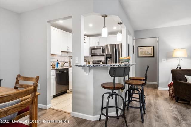 94 Whispering Oaks Way, Jackson, NJ 08527 (MLS #22135135) :: The Dekanski Home Selling Team