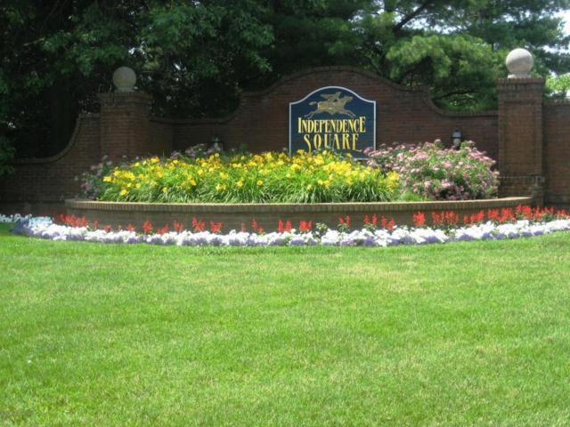 14 Stuart Drive #6, Freehold, NJ 07728 (MLS #21706508) :: The Dekanski Home Selling Team