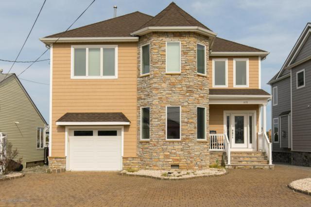1658 W End Drive, Point Pleasant, NJ 08742 (MLS #21715299) :: The Dekanski Home Selling Team