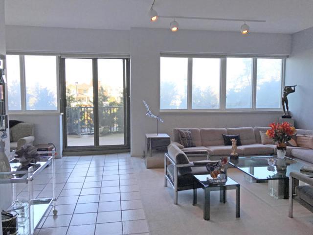 55 Ocean Avenue #104, Monmouth Beach, NJ 07750 (MLS #21716415) :: The Dekanski Home Selling Team