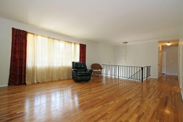 8 Spradley Lane, Middletown, NJ 07748 (MLS #21719818) :: The Dekanski Home Selling Team