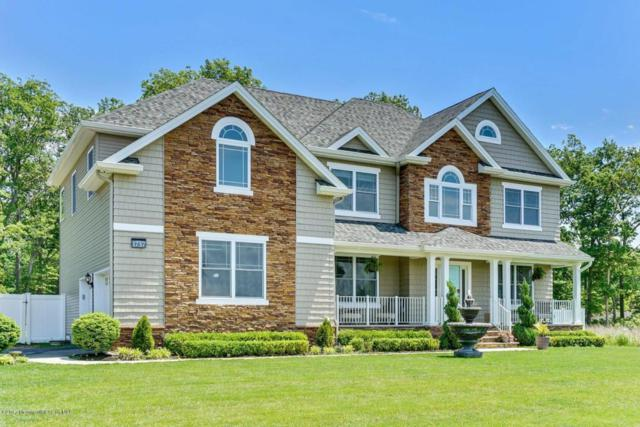 1737 Symphony Lane, Toms River, NJ 08755 (MLS #21720020) :: The Dekanski Home Selling Team