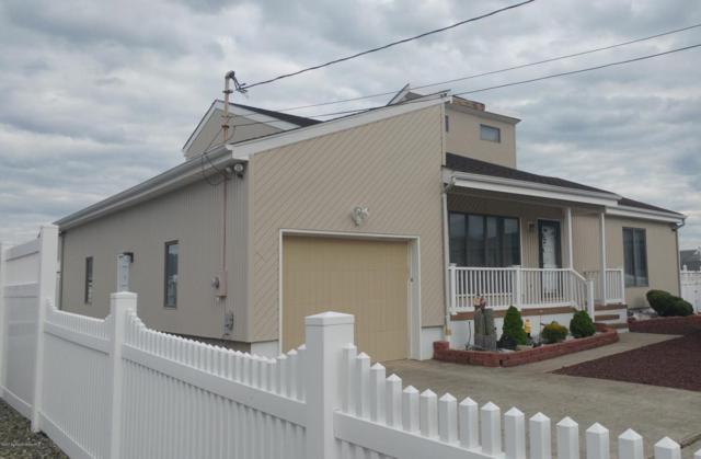 1213 Varuna Drive, Forked River, NJ 08731 (MLS #21720877) :: The Dekanski Home Selling Team