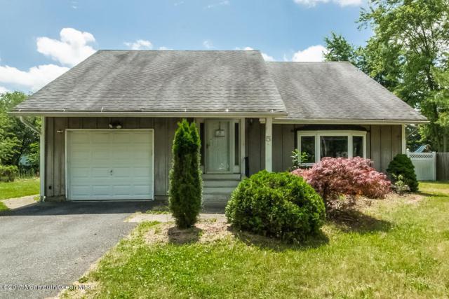 5 Hillcrest Road, Manalapan, NJ 07726 (MLS #21722533) :: The Dekanski Home Selling Team