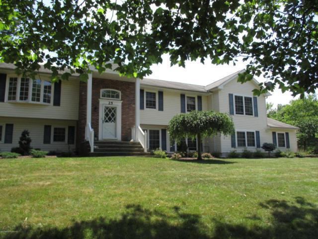 25 Hearthstone Drive, Manalapan, NJ 07726 (MLS #21724091) :: The Dekanski Home Selling Team