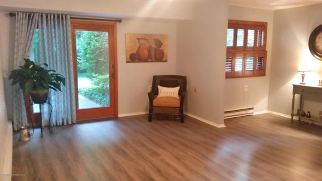 4c Andover Court, Red Bank, NJ 07701 (MLS #21724135) :: The Dekanski Home Selling Team