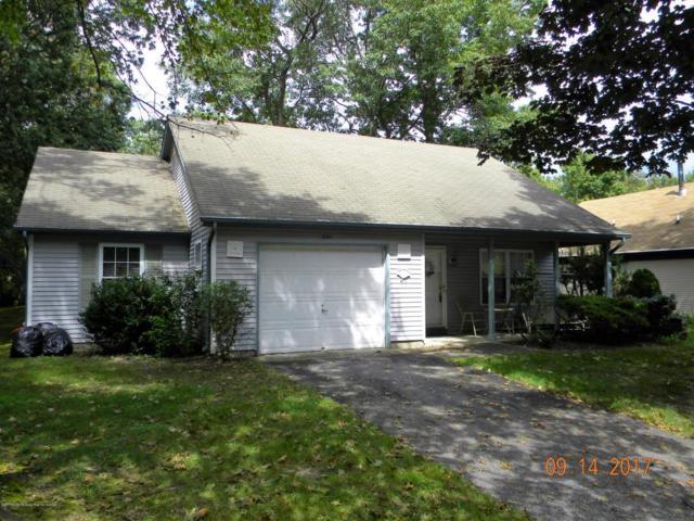 301 Gardenia Drive, Whiting, NJ 08759 (MLS #21727546) :: The Dekanski Home Selling Team