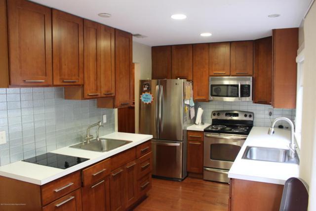 113 Stratford Place, Lakewood, NJ 08701 (MLS #21727991) :: The Dekanski Home Selling Team